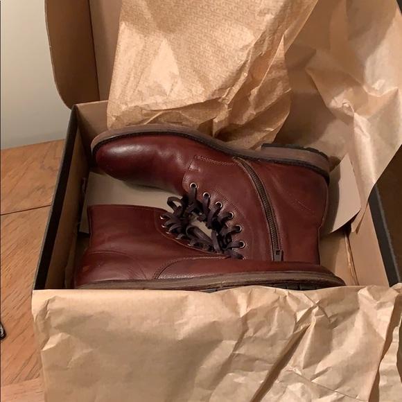 796644f36b5 FRYE Bowery Lace Up boots. Size 10.